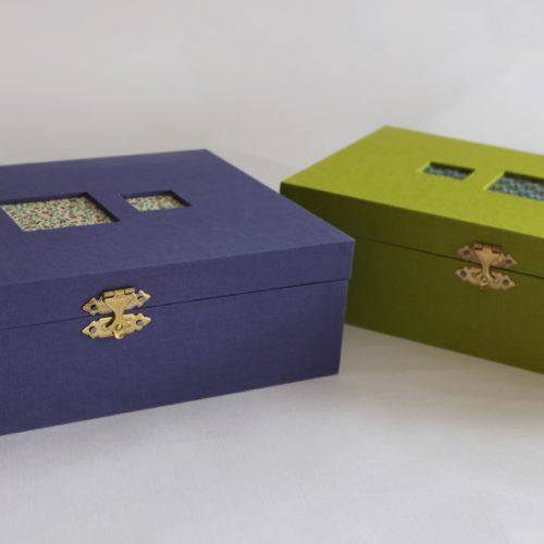 Cajas multiusos con recubrimiento en tela y papel florentino