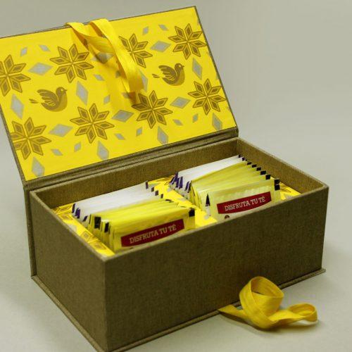 Caja para sobre de Té en papel Palomas amarillo